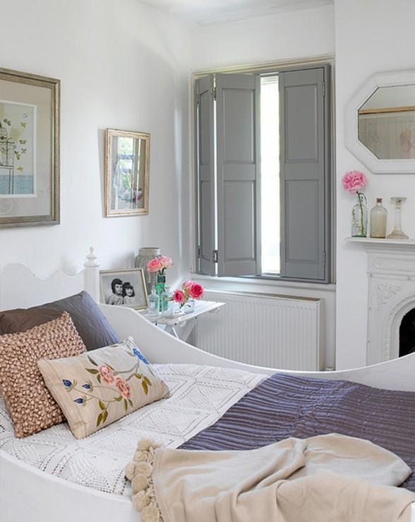 Sade Yatak Odası (1)