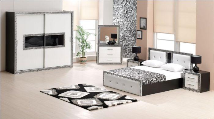 Sade Yatak Odası (4)