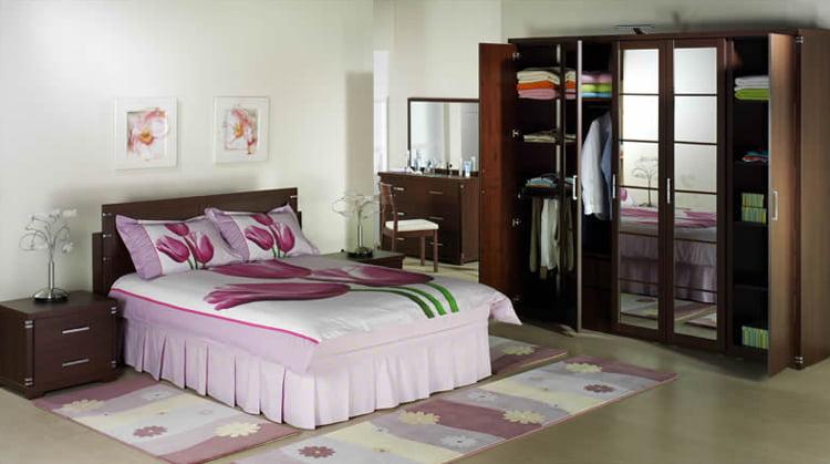Sade Yatak Odası (5)