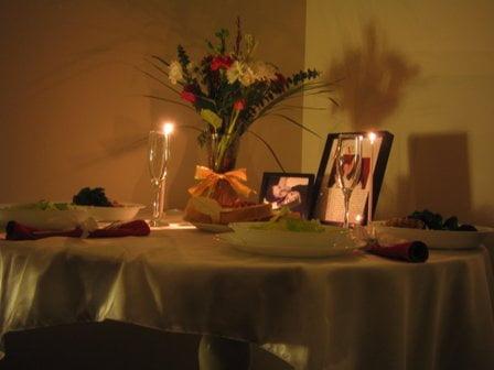 Romantik Yemek Masası