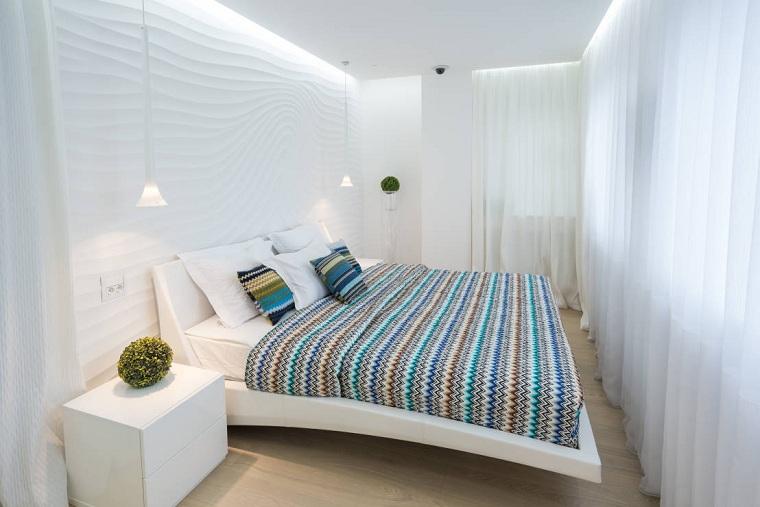 küçük bir yatak odası-açık renk-paleti nasıl dekore edilir
