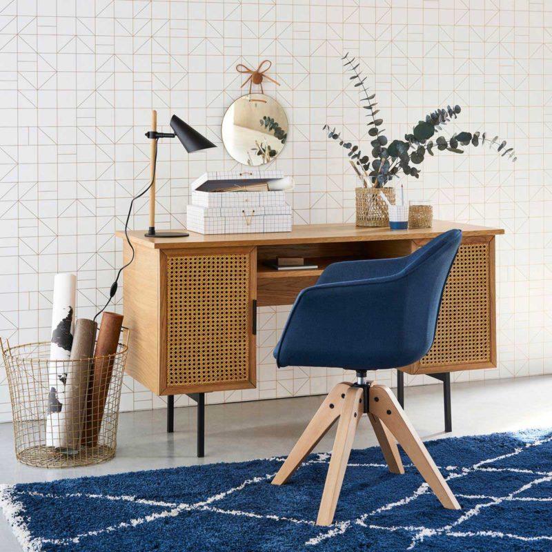 Kamış kapaklı tasarım masası