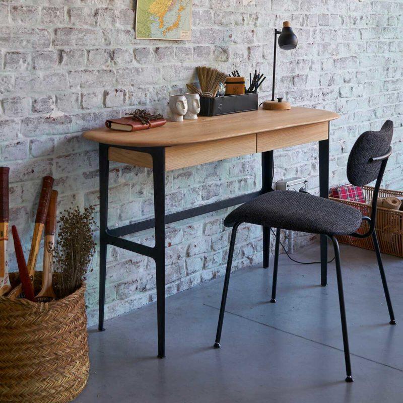 Masif meşe tepeli tasarım masası