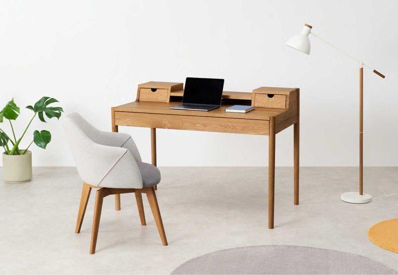 Çekmeceli meşe tasarım masası
