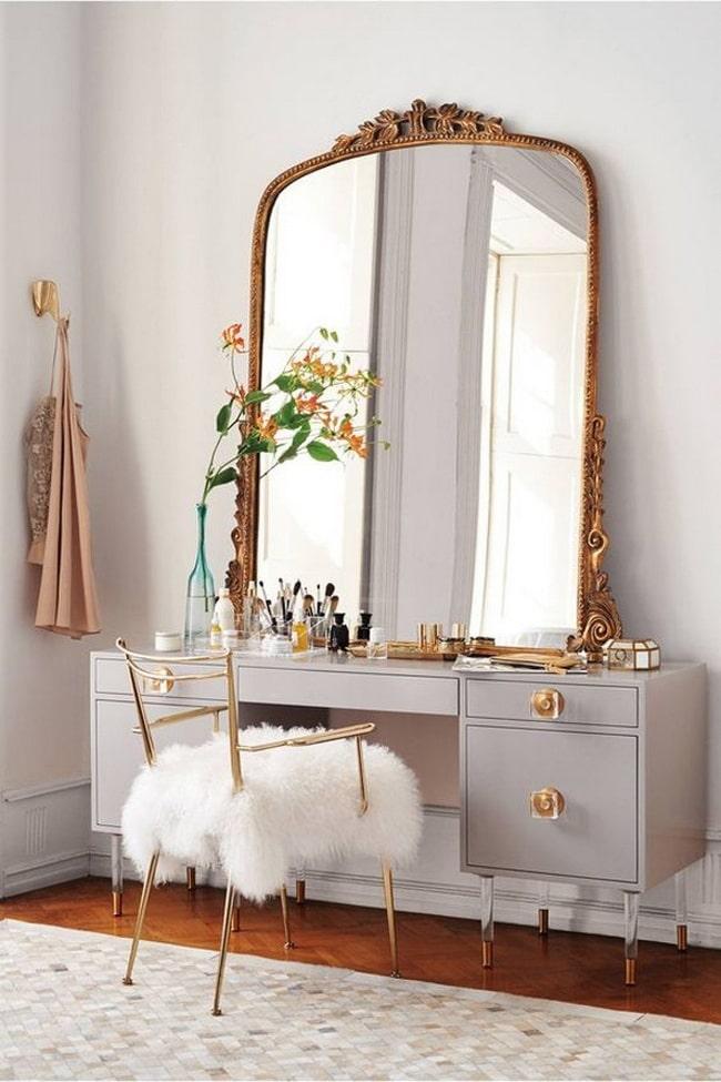 1614359794 216 Tuvalet masasini dekore etmek icin fikirler Farkli dekoratif stiller