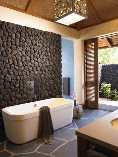 banyo-dekorasyon-modelleri-tas-ve-eskitme-ahsap-kullanilan-banyo-lavabo-ve-mobilya-secimleri-11