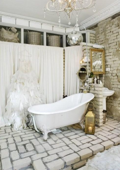 banyo-dekorasyon-modelleri-tas-ve-eskitme-ahsap-kullanilan-banyo-lavabo-ve-mobilya-secimleri-7