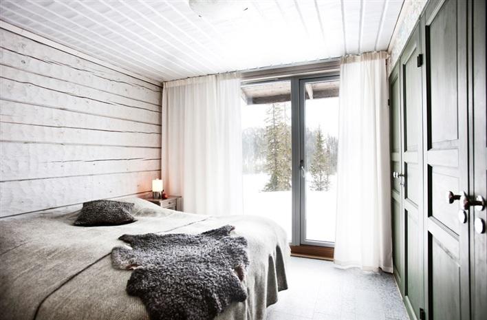 orman-dag-evi-dekorasyonu-yatak-odasi