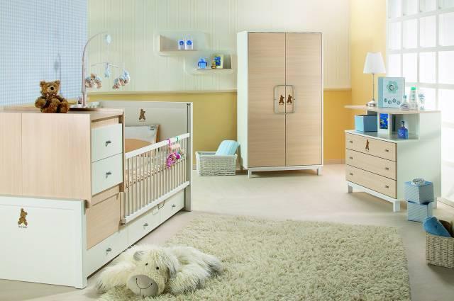 sade-mobilyali-bebek-odasi-takimi-modeli