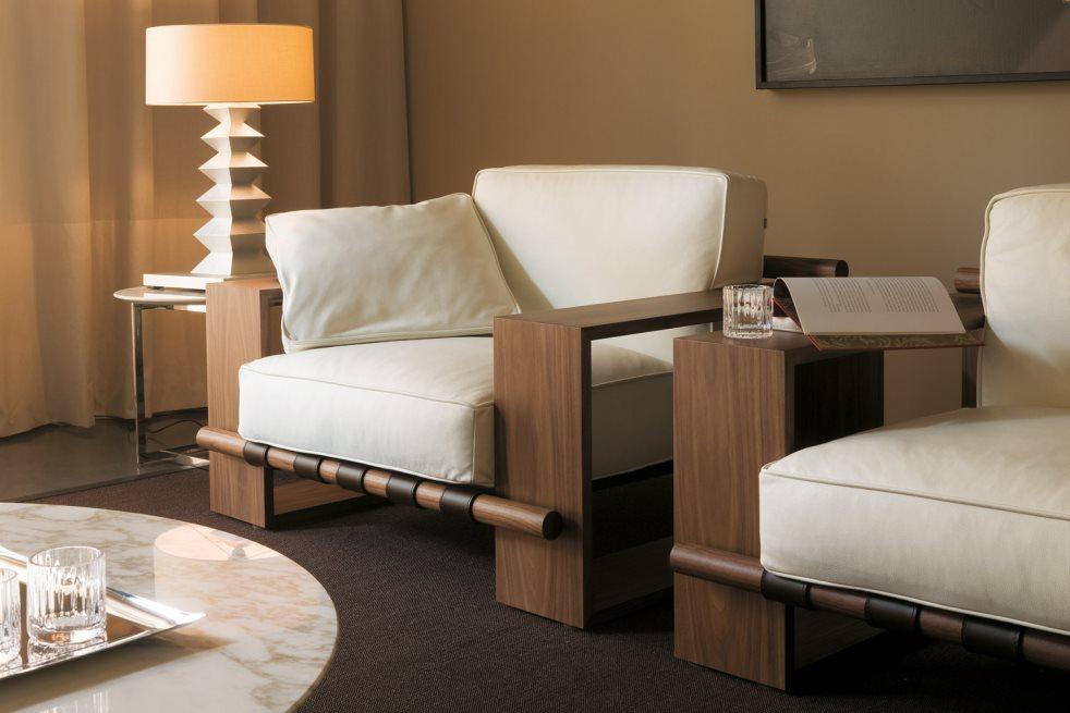1615050623 411 Modern bir oturma odasi icin 22 koltuk
