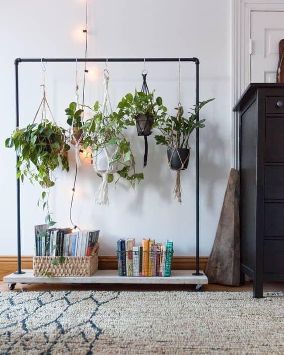 Bitkilerinizi asmak için çubukları kullanın