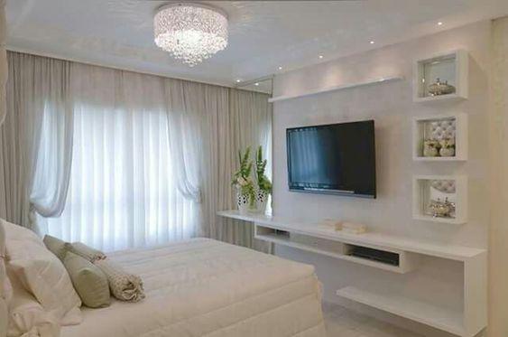 Ya yatak odası duvarında bir televizyonunuz varsa?