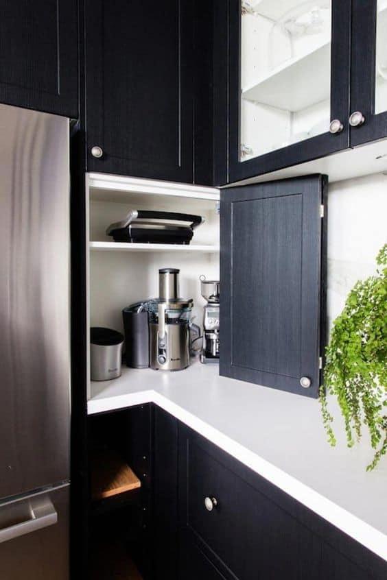 10-Eşyalarınızı-mobilya-içinde-saklayın