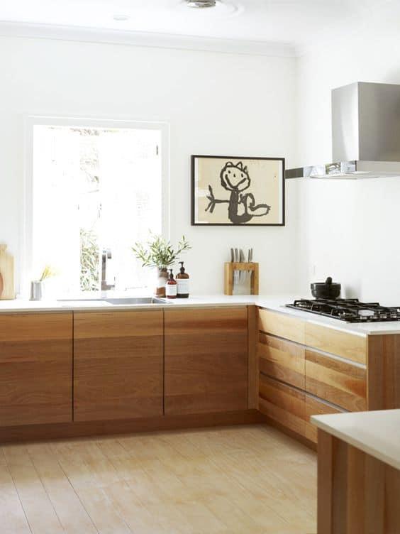 Mutfağınız için bir çocuk çizimini çerçeveleyin