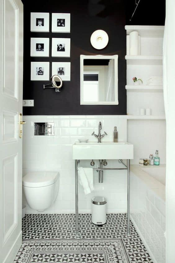 Duvarlarınızı simetrik bir galeri ile dekore edin