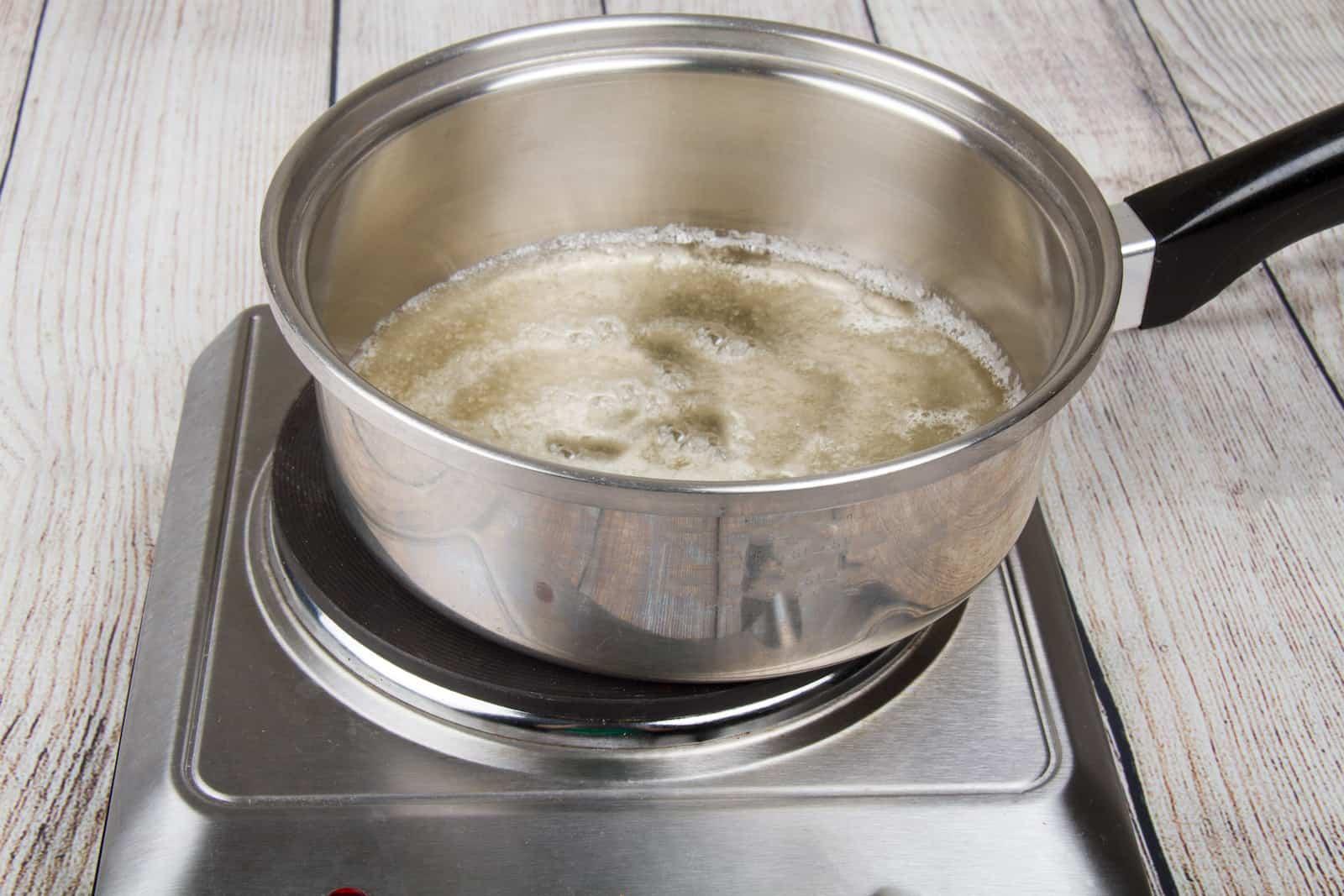 Adım 3 - Karamelin pişirilmesi