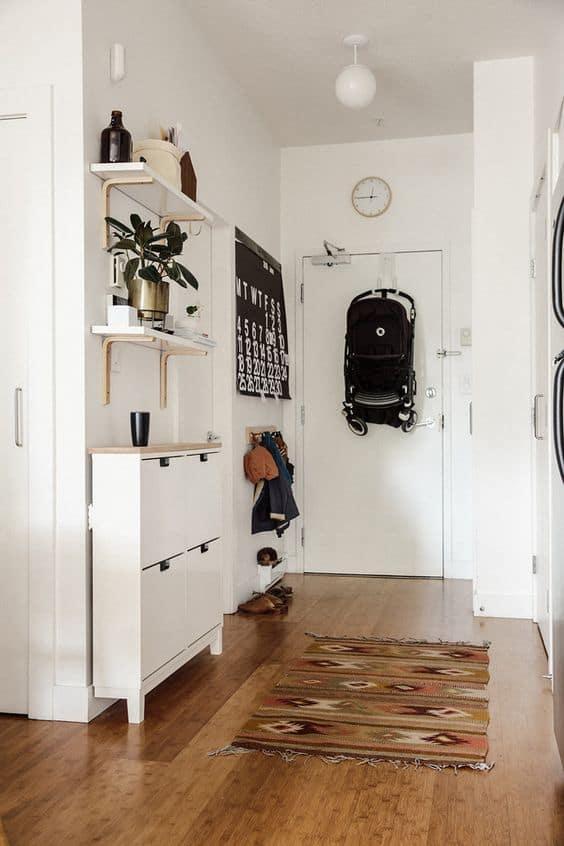 15-Eşyalarınızı bırakabileceğiniz bir salon ekleyin
