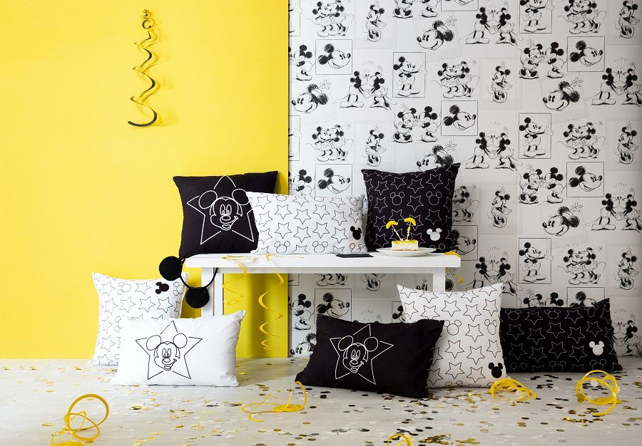 1615456121 0 Mickey Mouseun 90 dogum gununu kutlayin ve cocuk odasini aydinlatin