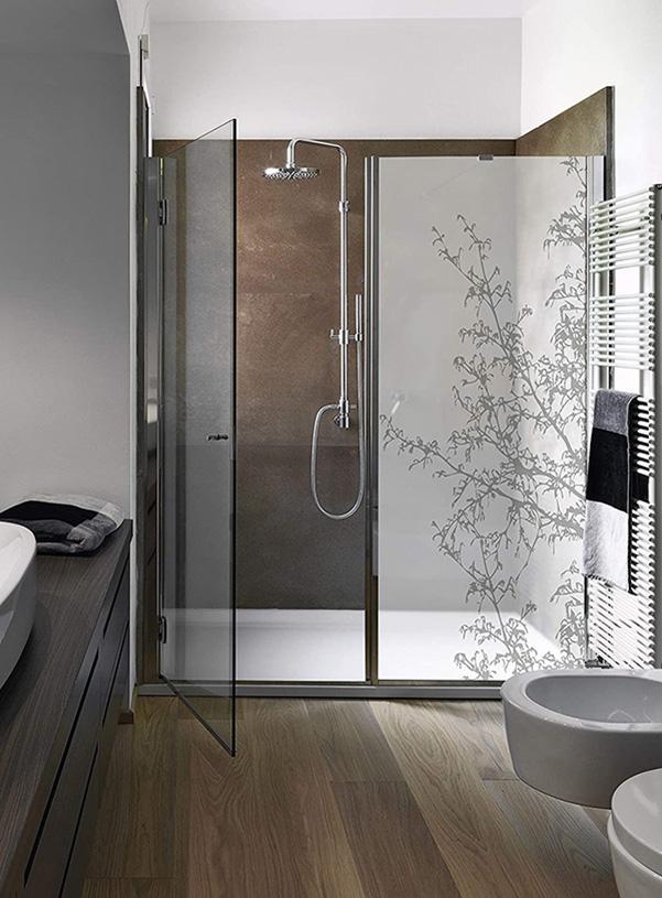 Dekoratif vinil ile duş perdesi
