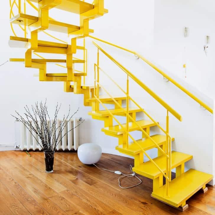 Sarı merdiven