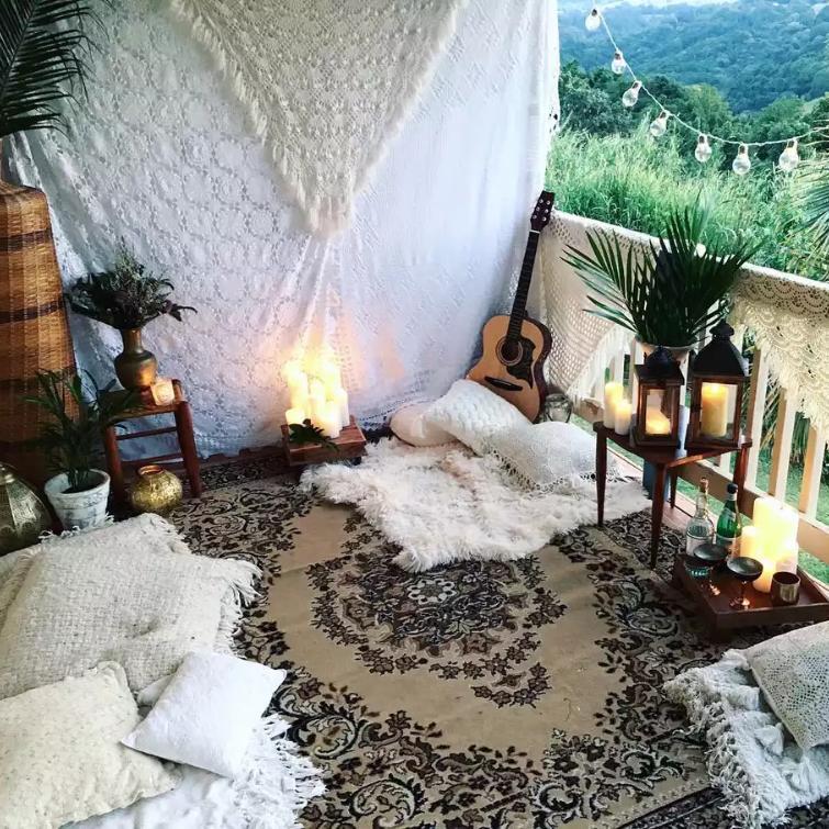 balkonda meditasyon