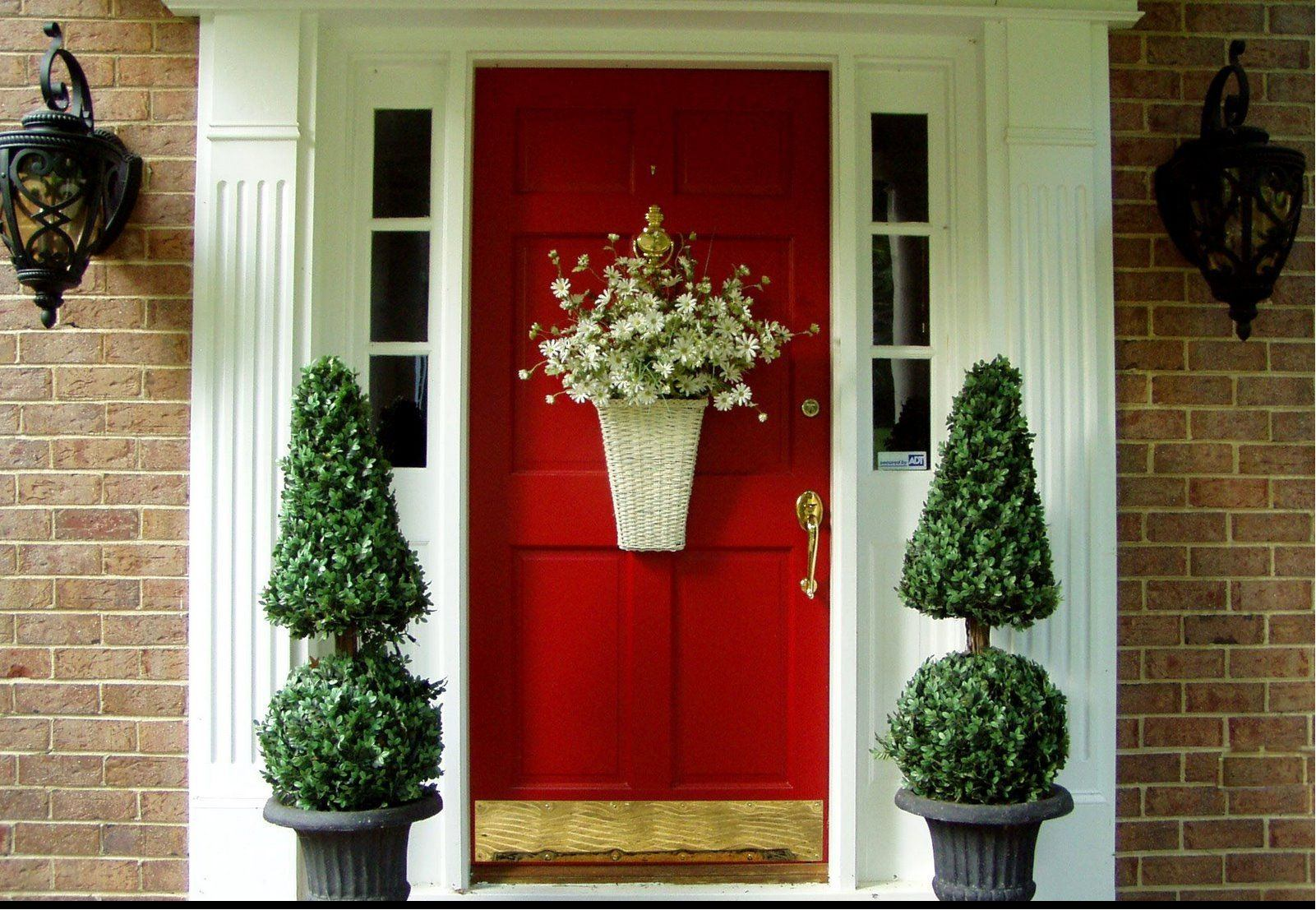 Ön kapı dekorasyonu