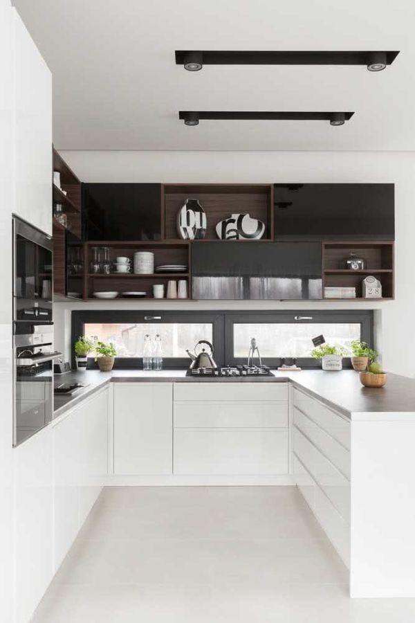 Pratik saklama alanı U şeklinde mutfak