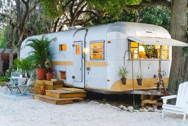 Bir karavani kamp yapin Mini evler icin fikirler