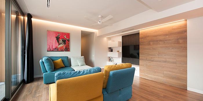 Oturma odası tasarımına entegre televizyon