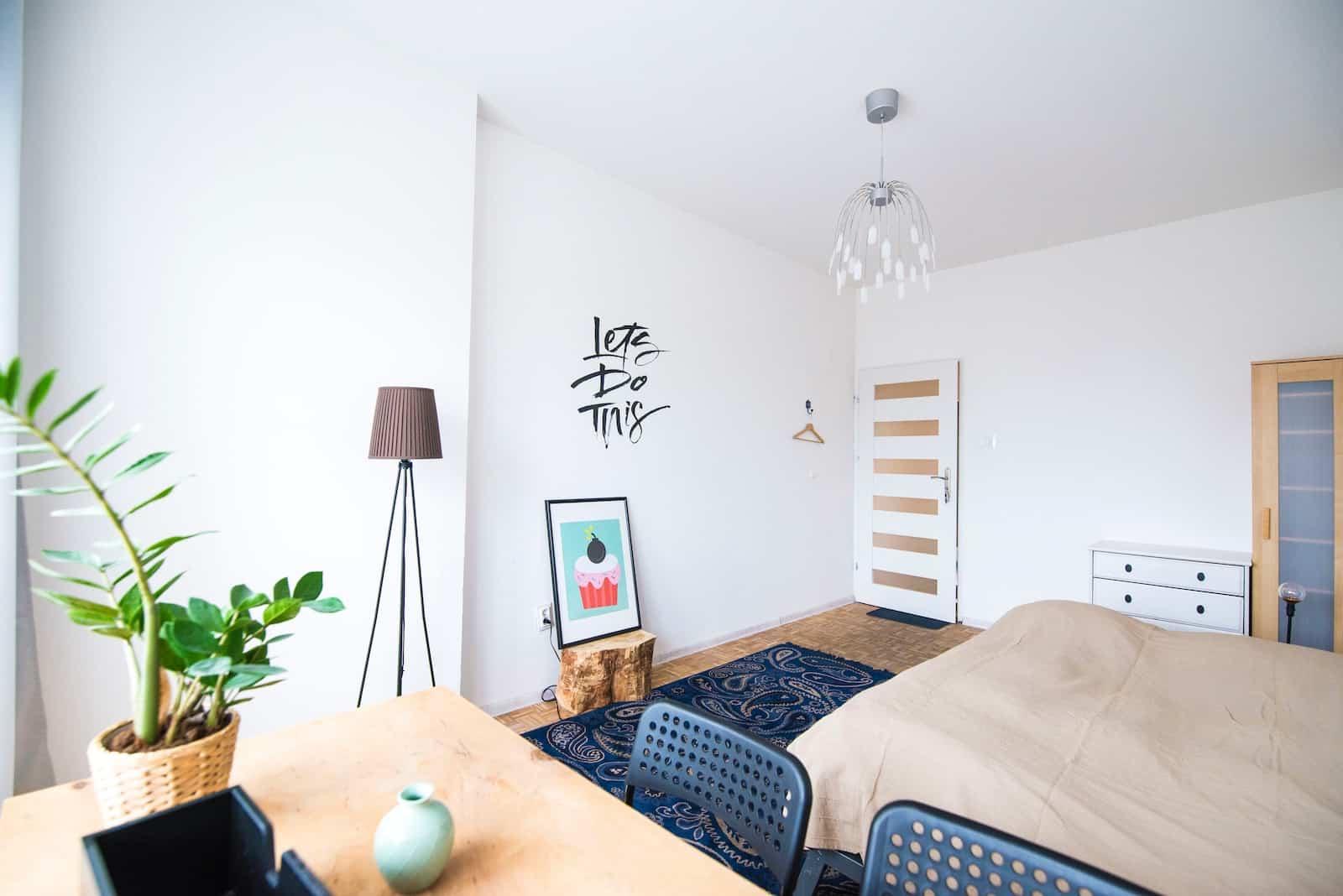 Çok para harcamadan odanızı nasıl dekore edersiniz?