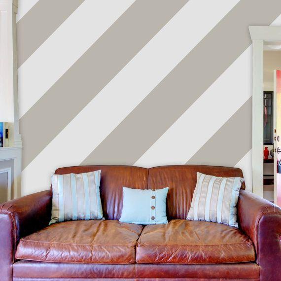 Ic mekandaki duvarlari boyamak cesitleri tasarimi kombinasyonlari renk secimi 100