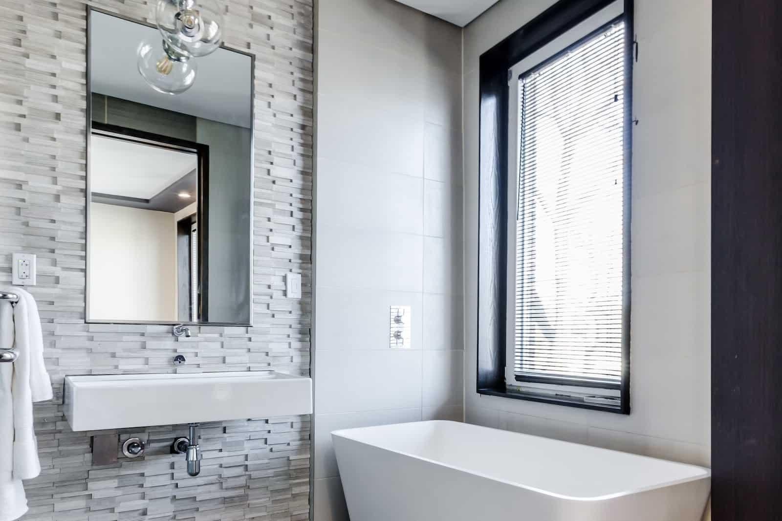 Küçük Banyolar İçin Fayans Nasıl Seçilir