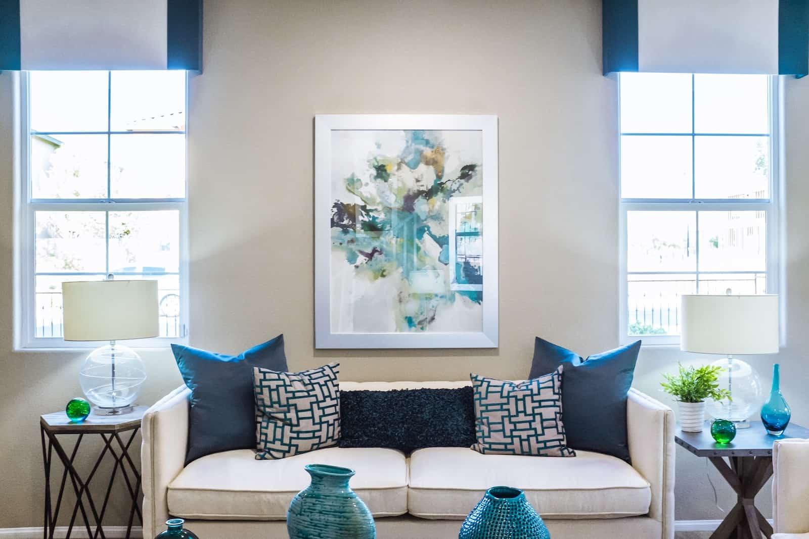 Oturma Odası Duvarlarınızı Dekore Etmek İçin 22 Fikir