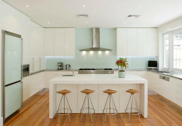 adalı modern mutfak beyaz mutfak dolapları led aydınlatma dekor fikirleri mutfak