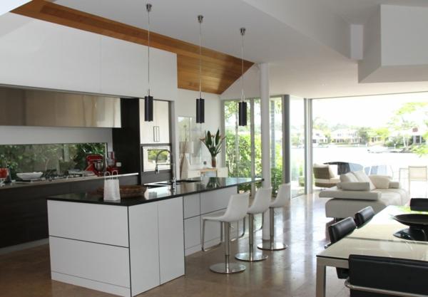 ada açık mutfak kolye ışıkları ile modern mutfak