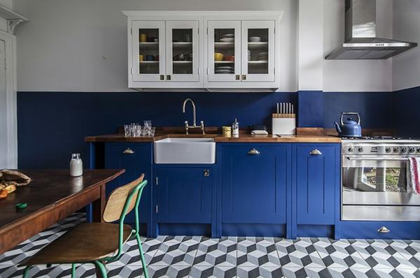 boya mutfak renk fikirleri mavi aksan mutfak mobilyası duvar boyası mutfak