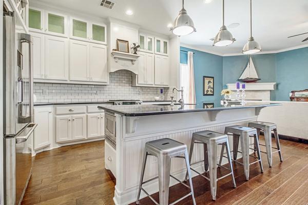 boya mutfak renk fikirleri büyük mutfak mutfak adası renk vurguları
