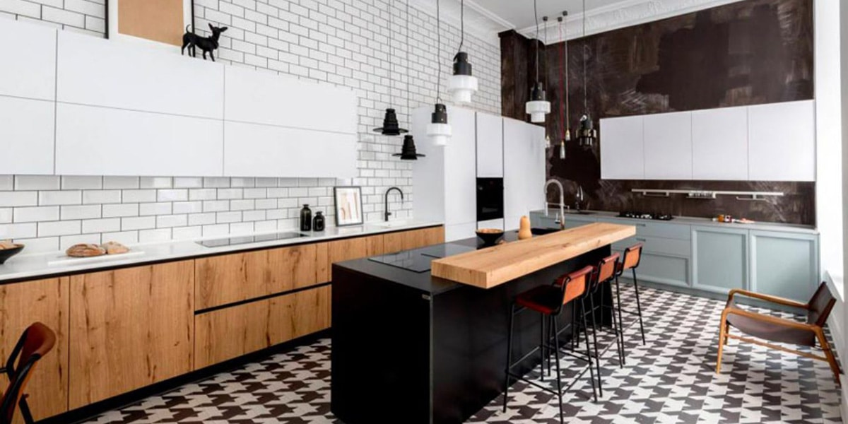 Endüstriyel bir mutfak için projektörler