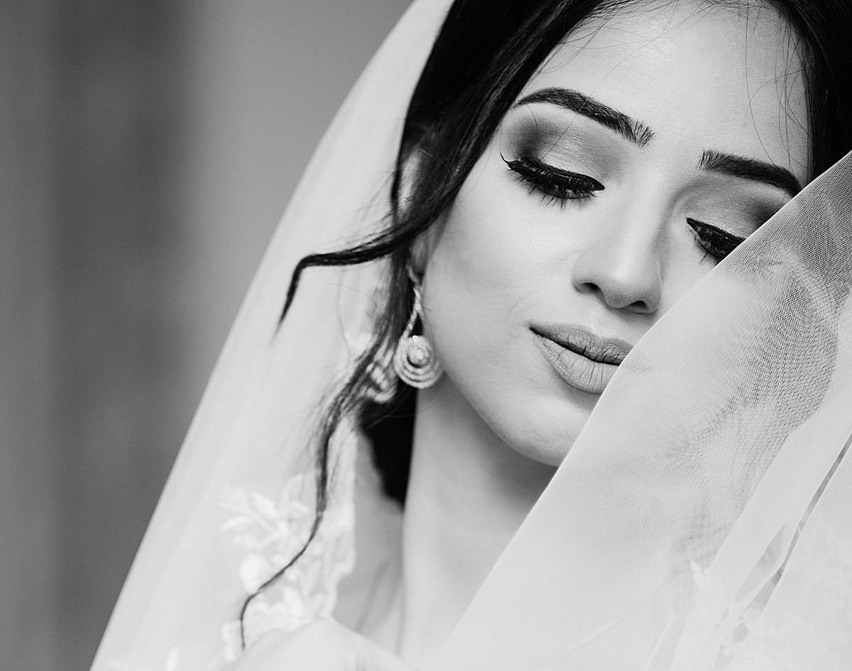 Düğün fotoğraflarında nasıl güzel görünebilirim?
