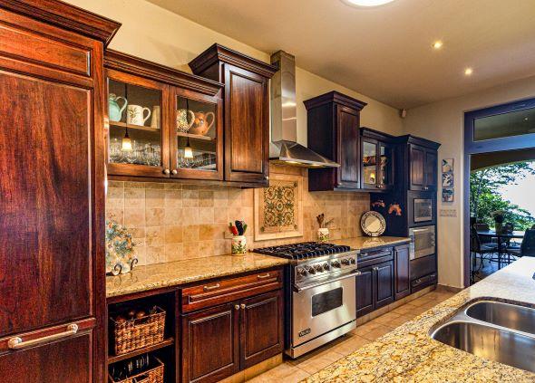 ahşap mutfak nasıl temizlenir ve yağdan arındırılır