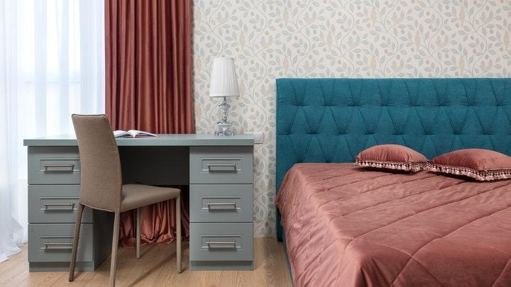 yatak odasında çalışma masası
