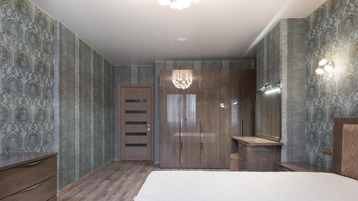 yatak odasında mobilya