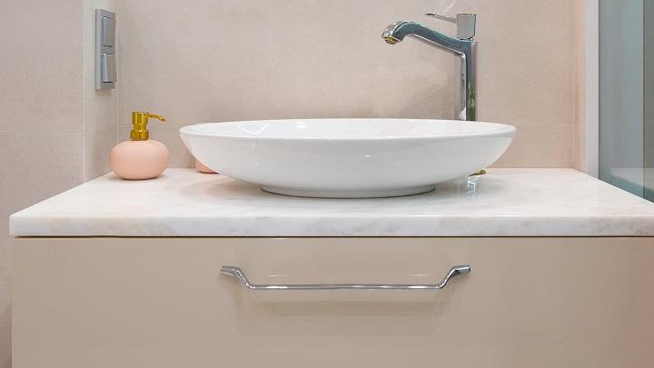 bej-banyo-dolap