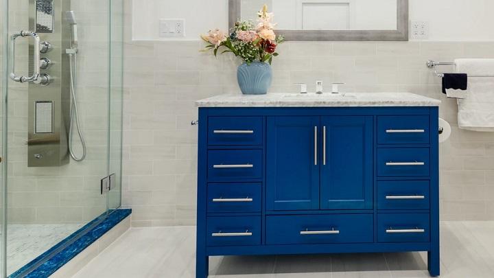 mavi-banyo-dolap