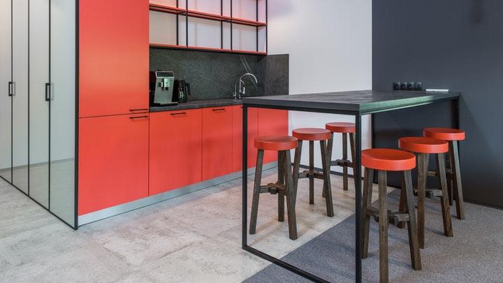 mutfak-mobilya-in-kırmızı