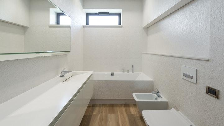 pencereli banyo