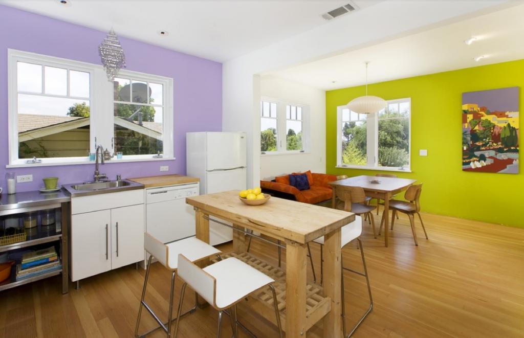İki renkli boyama ile duvar dekorasyonu: kombinasyon boyama seçenekleri