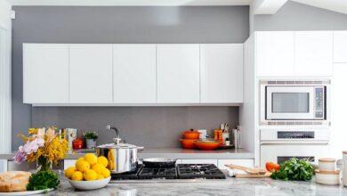 beyaz mobilyalı mutfak